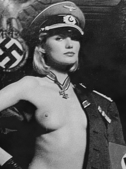 С фашистскими солдатами порнофильм